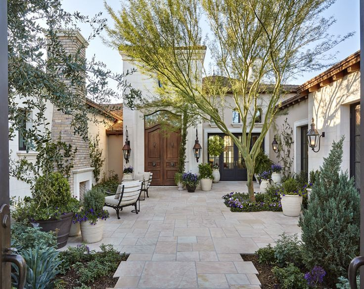 397 best courtyards images on pinterest courtyard for Homes with enclosed courtyards