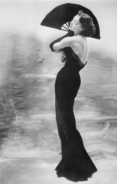 Model Ivy wearing a gown by Maggy Rouff, 1953. Photo by Henry Clarke.