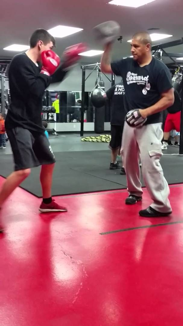 Devon Dela Hoya Fernando Vargas Sr training