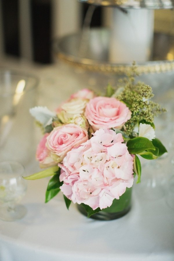 beautiful flower arrangements for the table - Photography by portfolio.jamesmoes.com, Floral Design by notjustflowerscastro.com