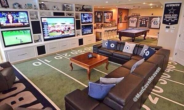This is totally going in my future home but with a Boston theme (Patriots, Red Sox, Bruins, & Celtics)