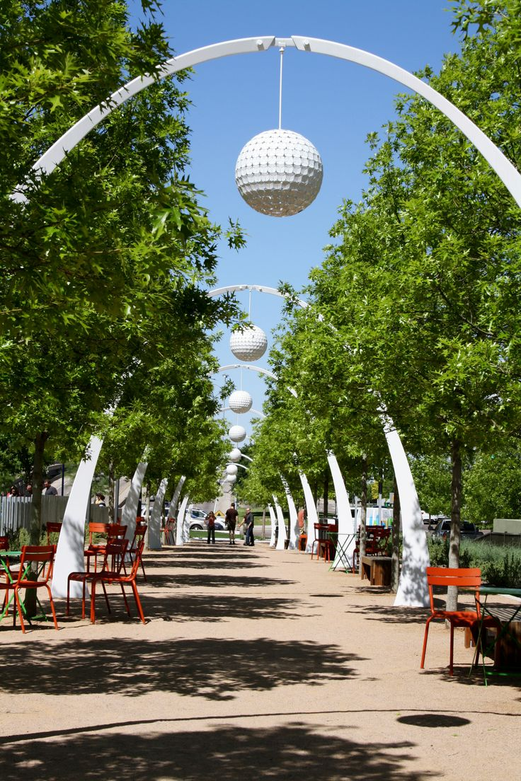 Klyde Warren Park - a nice green getaway in the middle of Dallas, Texas - May 2013