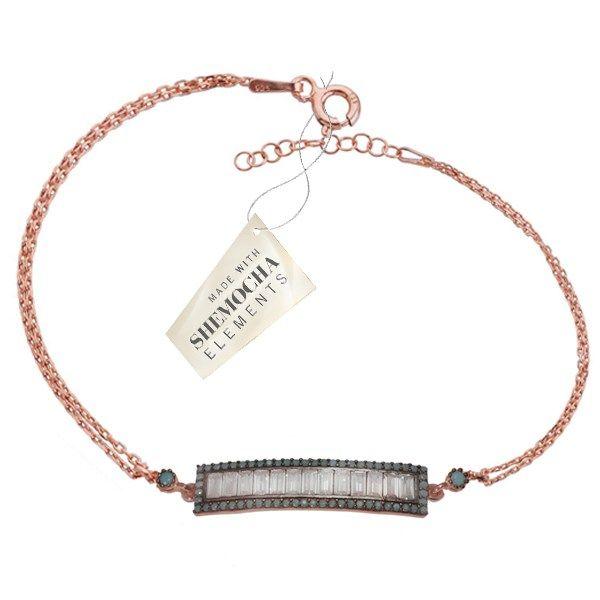 Baget Tasli Gümüş Bileklik ile sevdiklerinizi şaşırtın.Sevdiğiniz için hem romantik hem de parlak bir sürprize ne dersiniz?