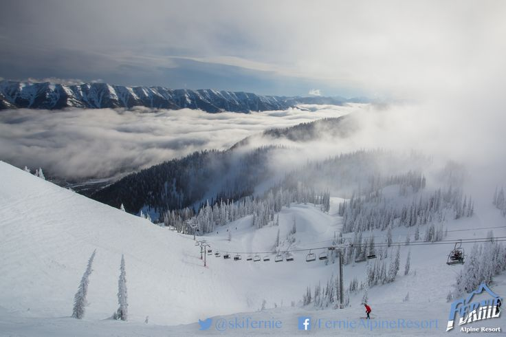 White Pass Chair - On a cloudy day, it truly lives up to the name. On a clear day....well, see for yourself. Photo: Vince Mo (www.mofotophotography.com)