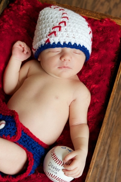 Van Reet Photography newborn boy with baseball