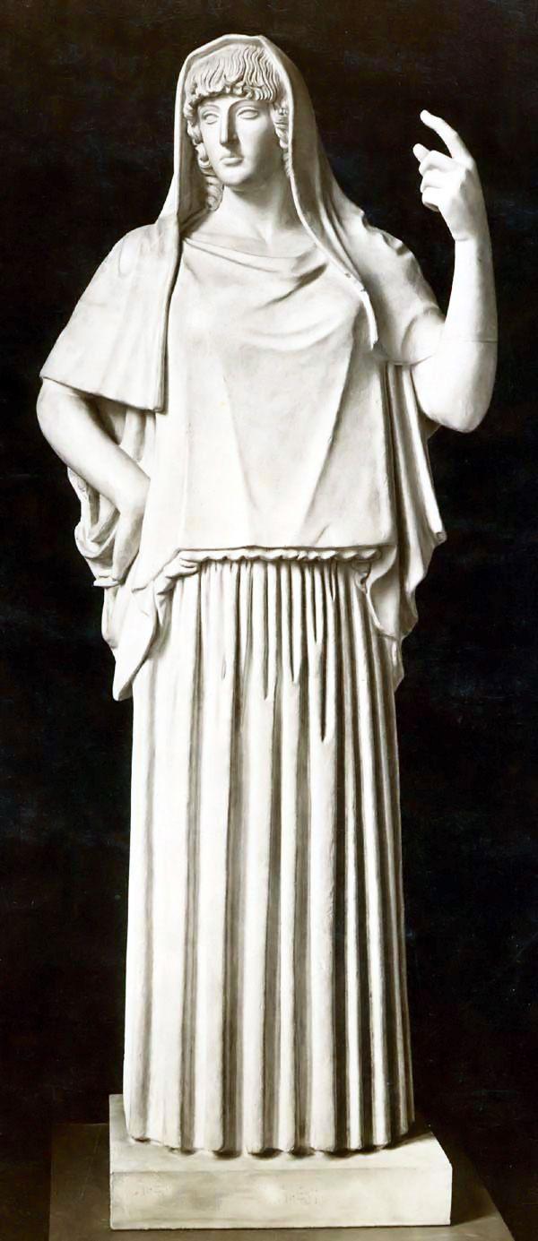 HESTIA / VESTA. Diosa de la cocina, la arquitectura, el hogar, o del fuego que da calor y vida a los hogares. Hija primogénita de Cronos y Rea, fue la primera en ser devorada por su padre y la última en ser expulsada. Juró sobre la cabeza de Zeus que permanecería siempre virgen. Apenas salía del Olimpo, excepto para atender el fuego del oráculo de Delfos. Hestia cede su puesto a Dionisio en el consejo de los doce dioses, mostrando su carácter pacífico.
