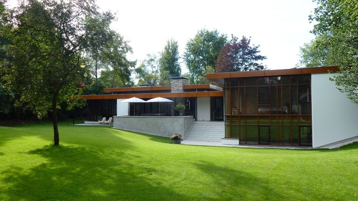 Modern Villa Bussum   Achtergevel