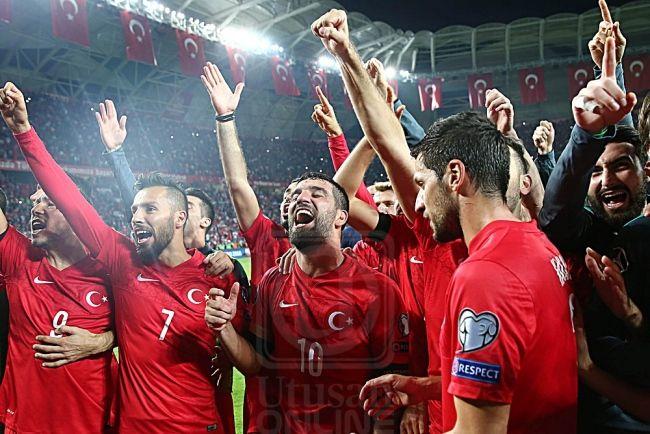 lamiafamilia (MY FAMILY): EURO 2016 : Belanda tersingkir, Turki mara