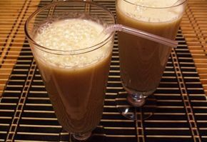 Alma-banán turmix fahéjjal recept képpel. Hozzávalók és az elkészítés részletes leírása. Az alma-banán turmix fahéjjal elkészítési ideje: 5 perc