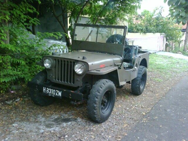 Old Jeeps 104