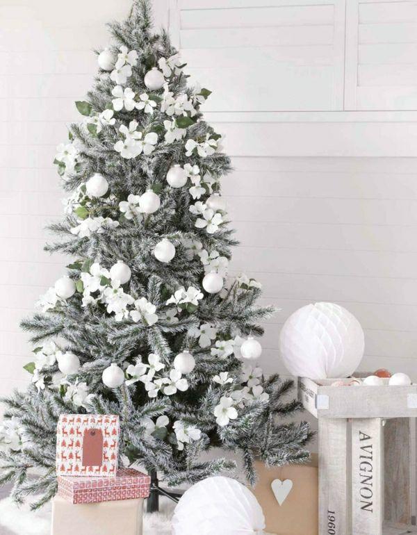 Le sapin de noel blanc, préparez votre fête jolie en blanc!Archzine- e-zine d`architecture, design d 'intérieur