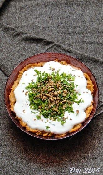 Yoğurtlu Mercimek Ezmesi     Malzemeler;   2 - 3 adet haşlanmış patates   1 su bardağı kırmızı mercimek   1 adet kuru soğan   5 - 6 dal...