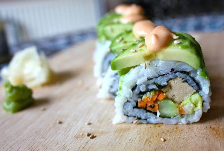 Vegan dragon roll – The Vegan Twist