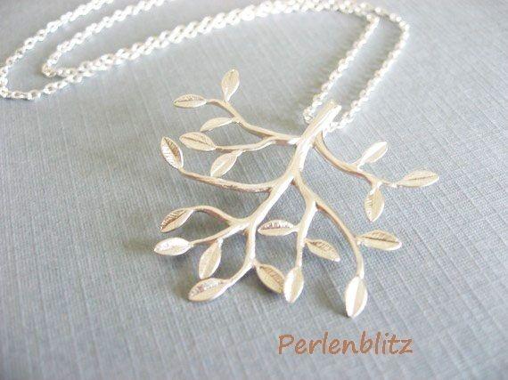 Halskette Lebensbaum von Perlenblitz auf DaWanda.com