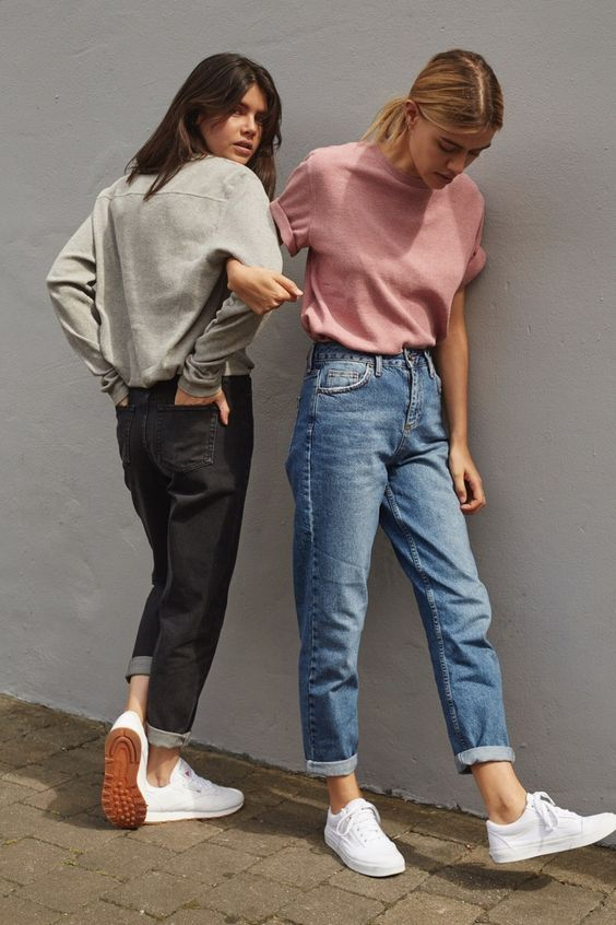 Hanging with your bestie in sneaks and boyfriend jeans.