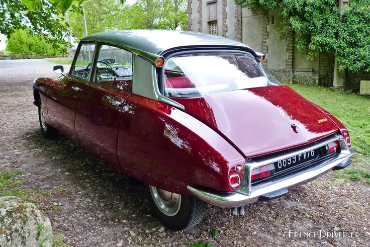 http://www.frenchdriver.fr/2996-citroen-ds-road-trip-2015/