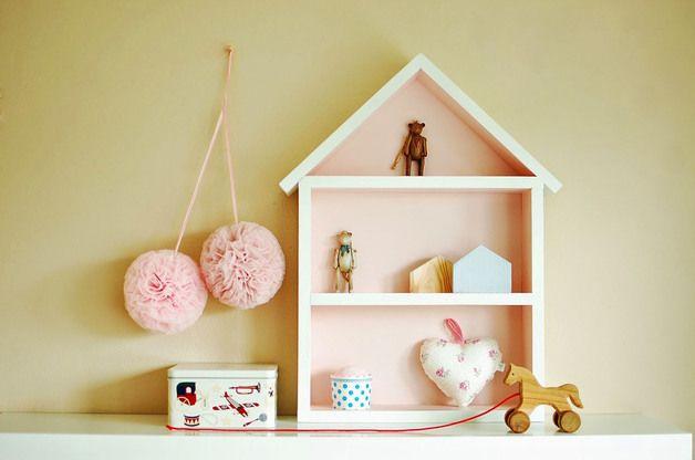 Drewniany domek półka - duży - Brudny Róż - Bambooko - Dekoracje pokoju dziecięcego