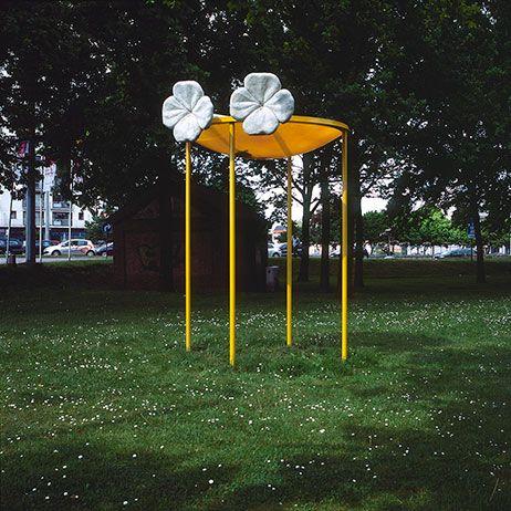 ROUTE N16  www.route N16.be  De cultuurcentra van Bornem, Puurs, Willebroek en Mechelen sloegen de handen in elkaar voor een uniek architectuur- en beeldende kunst project waarbij de N16, die de participerende gemeenten met mekaar verbindt, omgetoverd wordt tot een ongewone maar boeiende tentoonstellingslocatie.