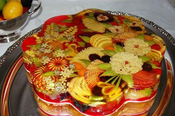 Желейный торт с фруктами. Рецепт как украсить торт с желе и фруктами.