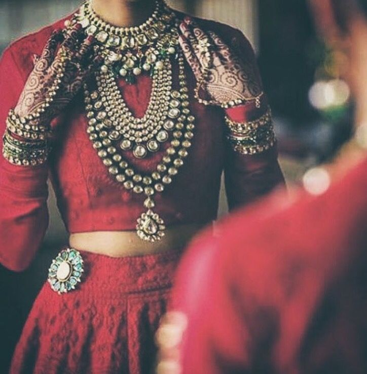 Lengha choli and kundan jewelry