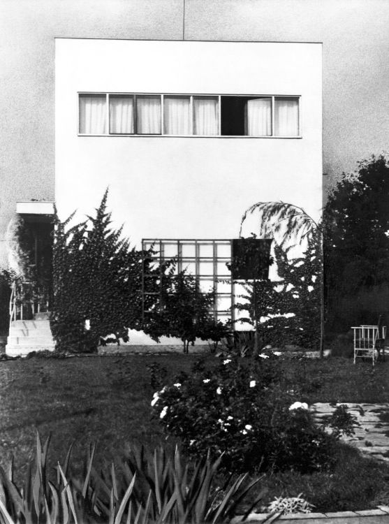 Josef Kranz's own villa | Objects | Brno Architecture Manual. A Guide to 1918-1945 Architecture