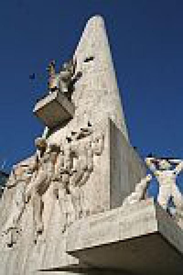 Best of Dam Square: The National Monument