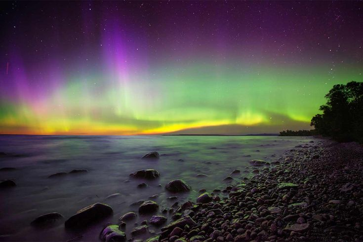 Local photographer Greg Sacco shares spectacular photos of the Northern Lights taken in Algoma Country. Read Greg's tips and advice for finding best viewing times and how to capture Auroras on camera.