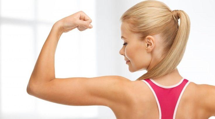 Vous souhaitez afficher de jolis bras fermes et musclés ? On vous propose aujourd'hui 3 exercices de choc pour éliminer la graisse et affiner vos bras !