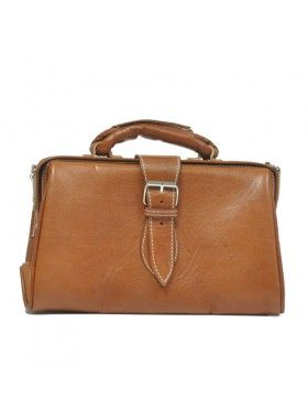 My Green Bag Tan Leather Doctor Bag. Buy @ http://thehubmarketplace.com/Tan-Leather-Doctor-Bag