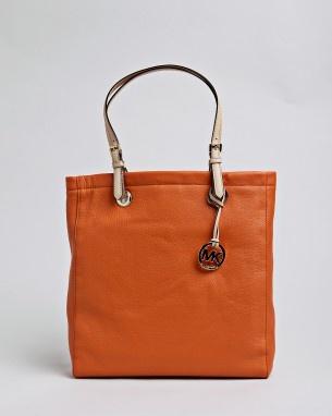 michael kors jet set item tasche orange 195 00 michael kors jet. Black Bedroom Furniture Sets. Home Design Ideas