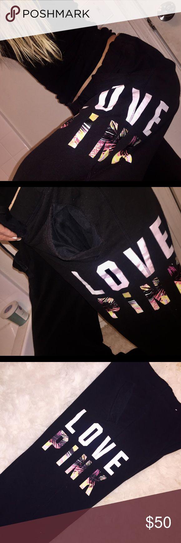 🌴 Victoria Secret Pink Tropical Pants 🌴 Victoria Secret Pink Tropical SweatPants. Size small. Black with logo on the left leg. Perfect new condition. Size small. PINK Victoria's Secret Pants Track Pants & Joggers