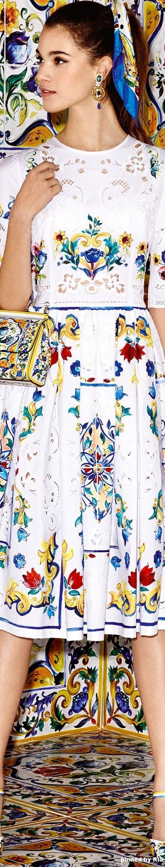 Dolce & Gabbana Majolica Collection - FW 2016-17 l Ria                                                                                                                                                     More