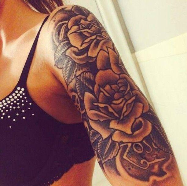 die besten 25 oberarm tattoo ideen auf pinterest oberarm tattoos bei frauen oberarm tattoos. Black Bedroom Furniture Sets. Home Design Ideas