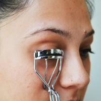 De beautytest: zo creëer je het valse wimper-effect - - Flair
