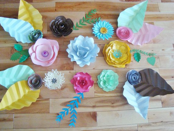 22 best paper flowers images on pinterest paper flowers for Decoracion hogar madrid