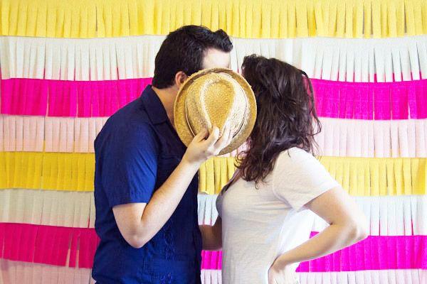 Crea un colorido fondo para photocall combinando nuestros flecos de papel de seda. Via: Brides of Adelaide