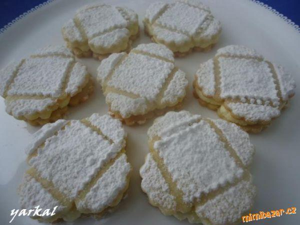 BÁJEČNÉ LINECKÉ DORTÍČKY  s máslovo-pudinkovým krémem