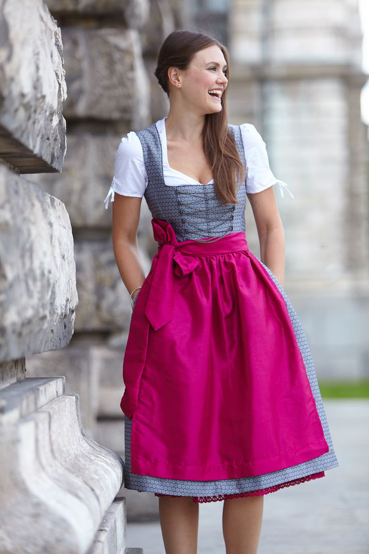 2 FREE Aprons and 1 Blouse! Shop at: www.lederhosensto... Beautiful Vintage German Dress for a Causal Wear on sale. German Costume or even Halloween Costume. Dirndls Fashion Styling Midi Dress with a Vintage trend or a Bavarian Trachten Outfit for Women. Inexpensive and Cheap Prices with multi color aprons and Lace Pattern designs. Oktoberfest in Munich! #Tracht #Dirndl #German #Outfits #style #cheap #Oktoberfest
