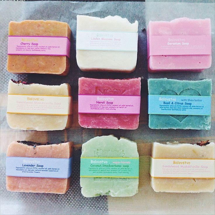 Комплект натурального мыла. Сандал, лаванда, вишня, базилик, кокос, герань, липовый цвет и кастильское.