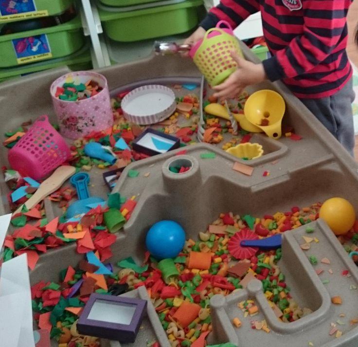 Early Years sensory play@AcornsNursery