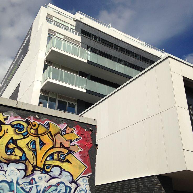 Project: B Street Condos (Bayview Ave)   Architect: Hariri Pontarini   Product: Equitone Tectiva TE90 Super White #brilliantbuildings #facade #design #CanadianArchitecture #CanadianDesign #innovative #EQUITONE #FibreCement