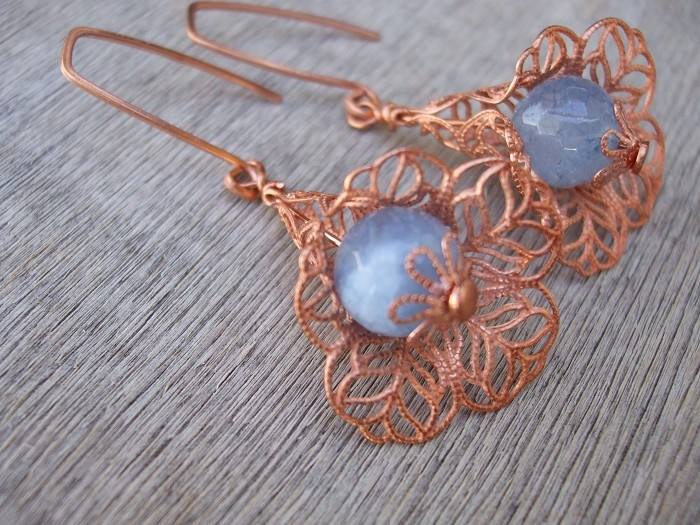 Natural Aquamarine and Raw Copper filigree bell flower Earrings - by FeminineFusion on madeit