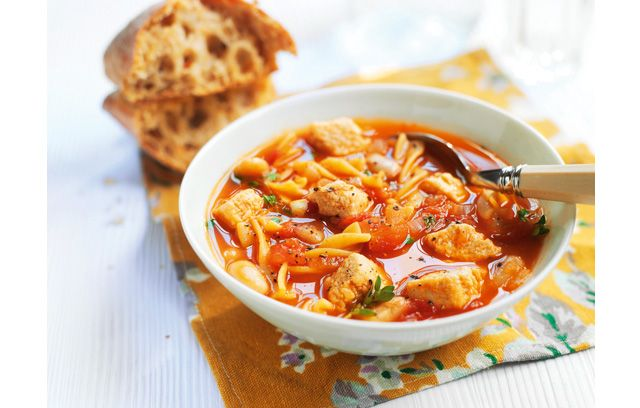 Quorn's Hearty Bean and Pasta Soup recipe gives the meal a protein boost with Quorn Meat Free Chicken Pieces.
