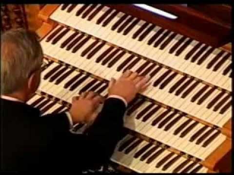 Изумительно красивая игра на органе - YouTube