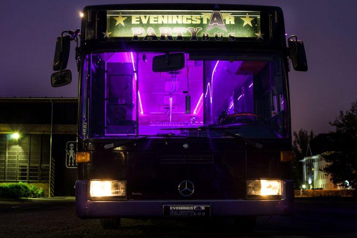 Eveningstar Partybus Budapest, ahogy szemből látod a 18 méteres guruló discot!