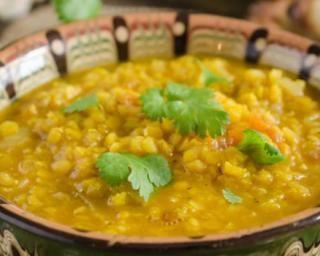 Soupe de lentilles à l'indienne aux épices et lait de coco Croq'Kilos                                                                                                                                                                                 Plus