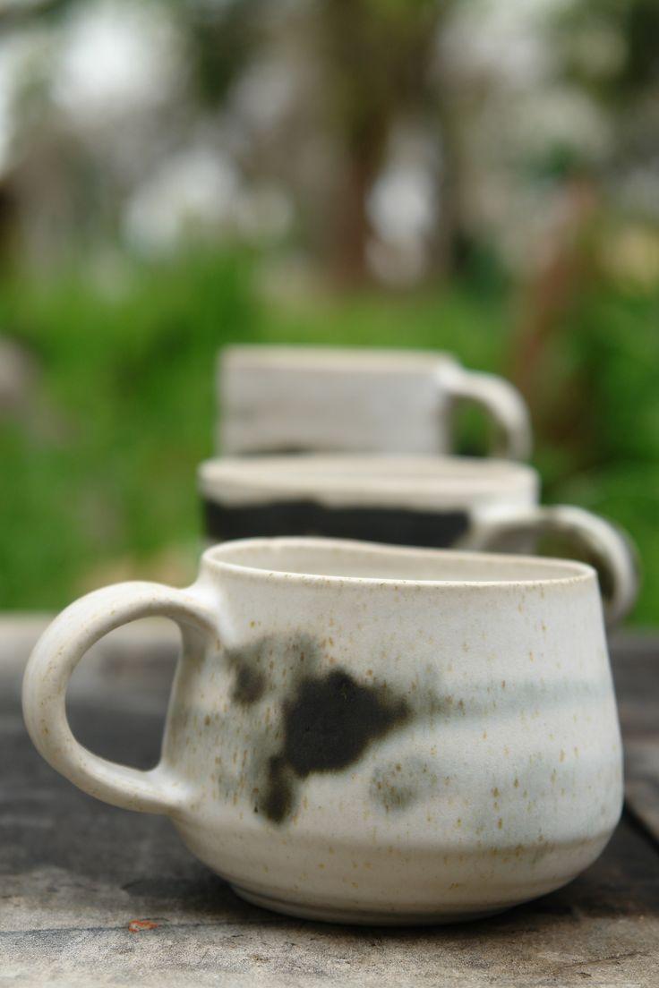 new mugs - Νέες κούπες..