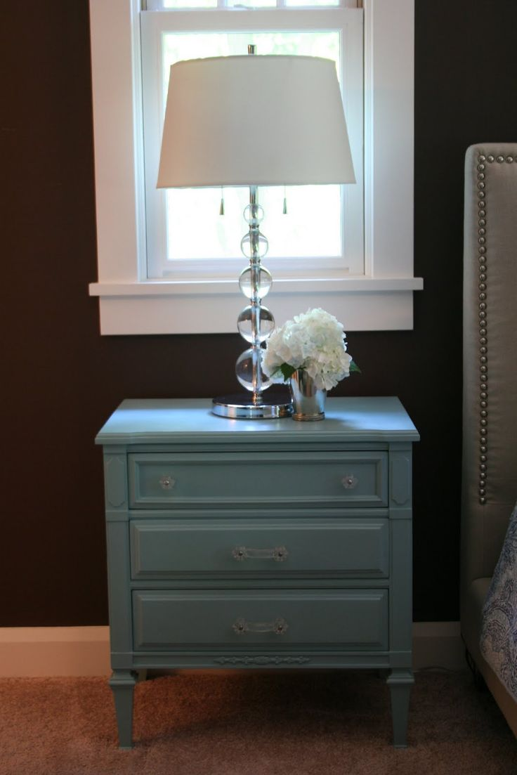 I'm Busy Procrastinating: Bedroom update: Turquoise nightstand before & after