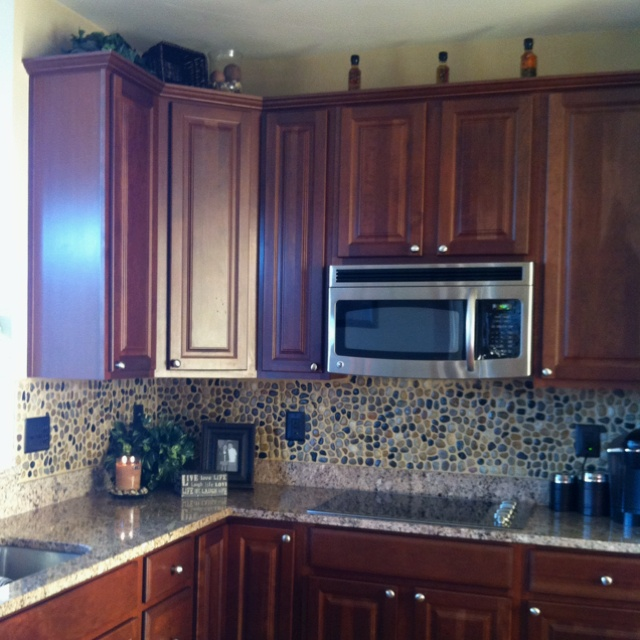 Two For Tuesday Marble Accessories For The Kitchenwhite: 1000+ Ideas About Rock Backsplash On Pinterest