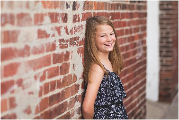 Noblesville child photographer, preteen urban photo ideas, preteen photography, urban photography